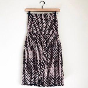 3/$30 - Banana Republic Silk Patterned Dress